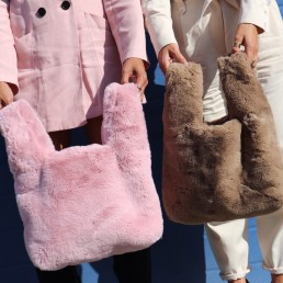 Cuddle Bag Brown Beige Shopper Roze Babypink Fluffy Tote Faux Fur